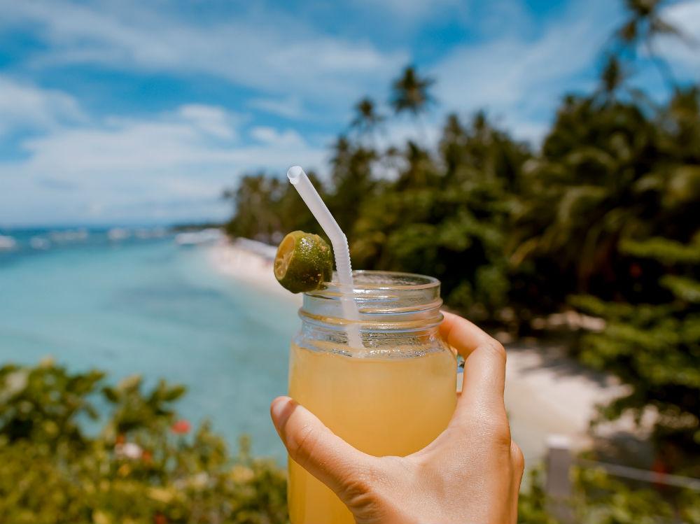 succo di frutta spiaggia cocktail