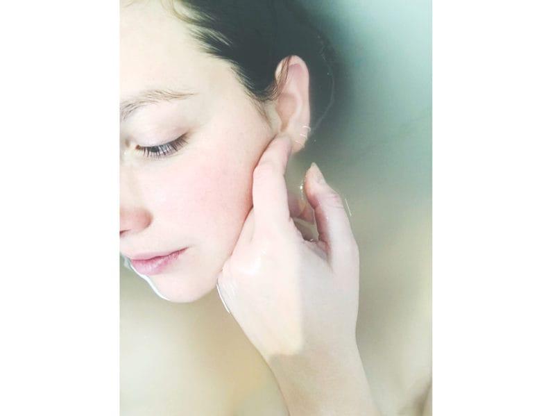 04-bagno-viso-ragazza