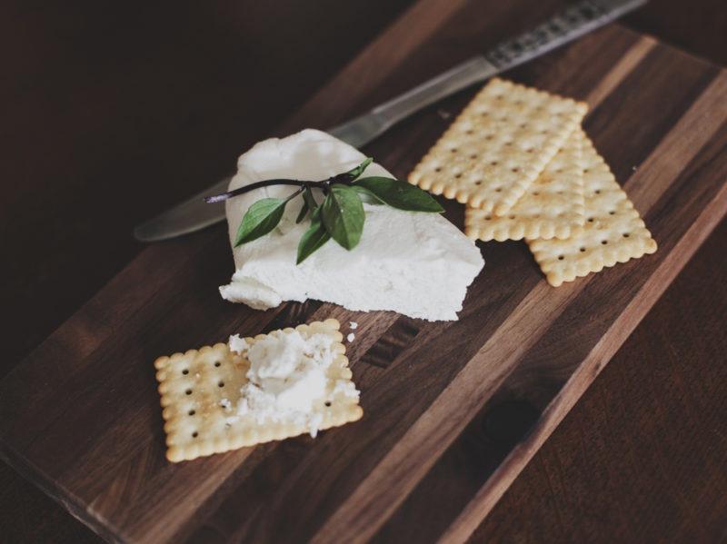 04-formaggio-cracker