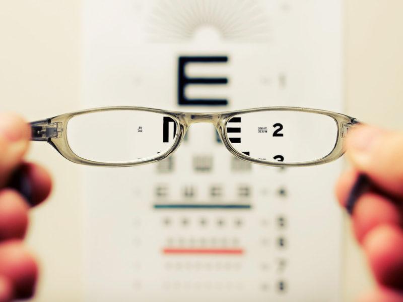 09-occhiali-lenti-ottico-oculista