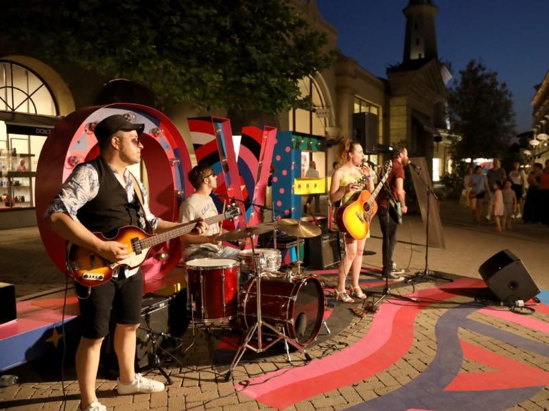 Fidenza Village Summer shopping night 7