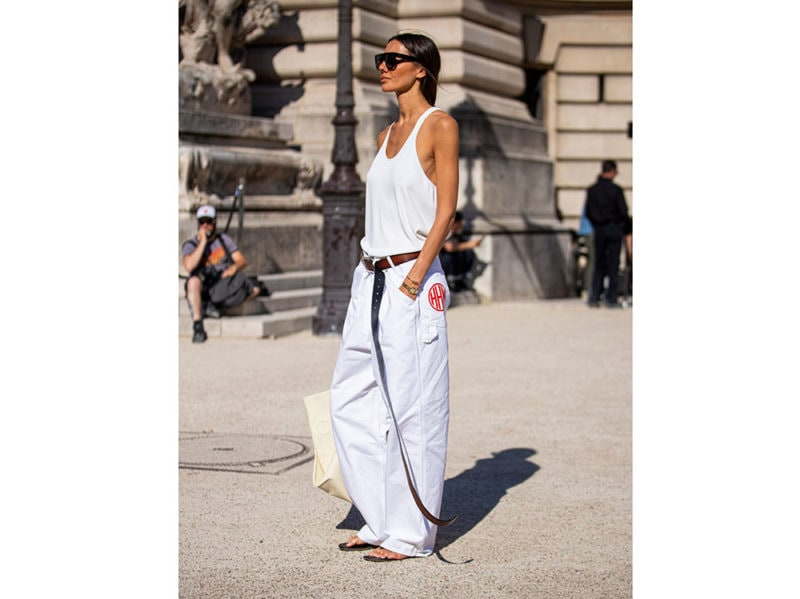 look-total-white-2