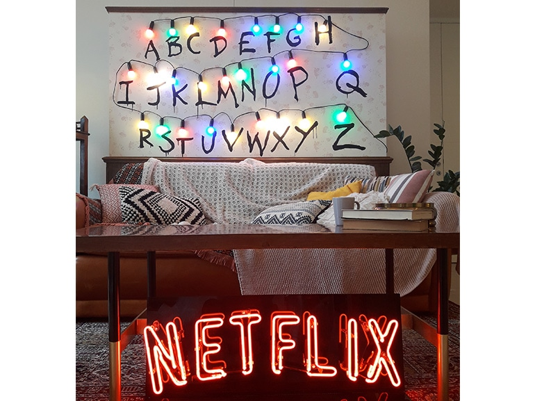 Coronavirus, la geniale campagna Netflix