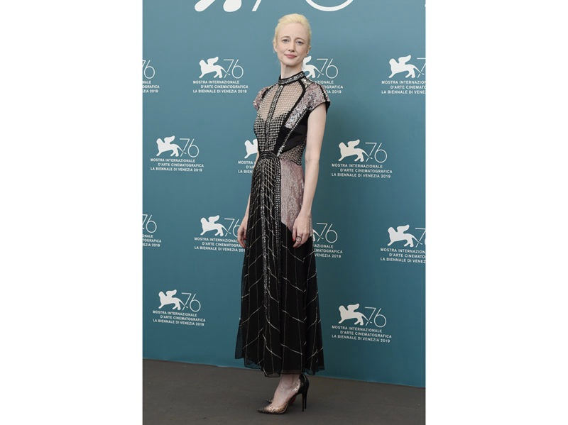 _Andrea-Riseborough-daylook