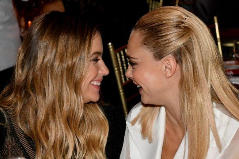 Tutto quello che sappiamo sul (presunto) matrimonio segreto di Cara Delevingne e Ashley Benson