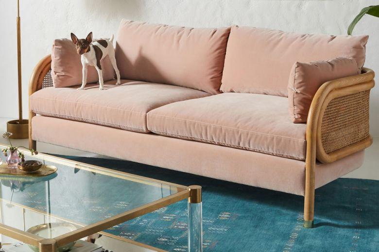 Case piccole e deliziose: ecco perché scegliere il divano a due posti