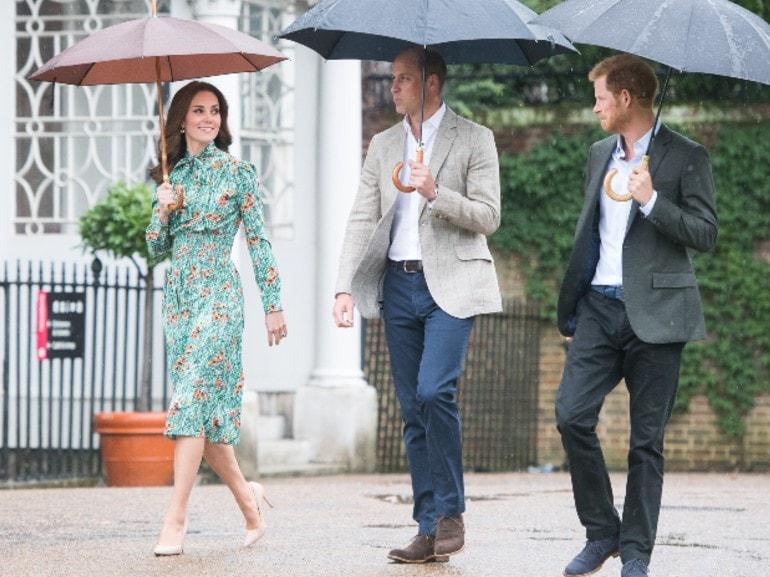Il Principe Harry e Carlo ai ferri corti: guerra a corte e scontri accesi
