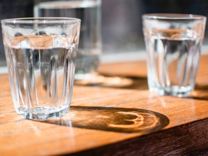 04-bicchieri-acqua