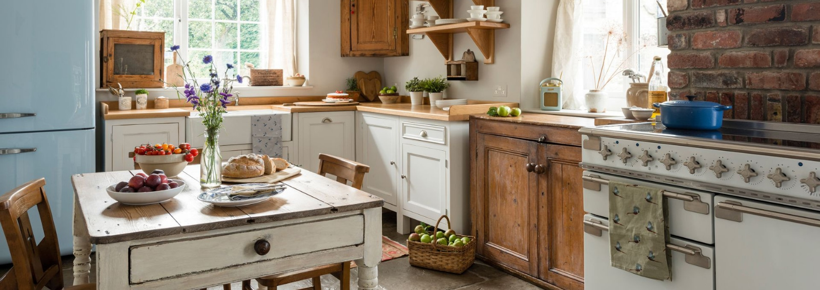 Come Decorare Una Cucina Rustica come arredare la casa di campagna: le idee più belle - grazia.it
