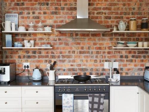Come arredare una cucina piccola senza pensili - Grazia.it