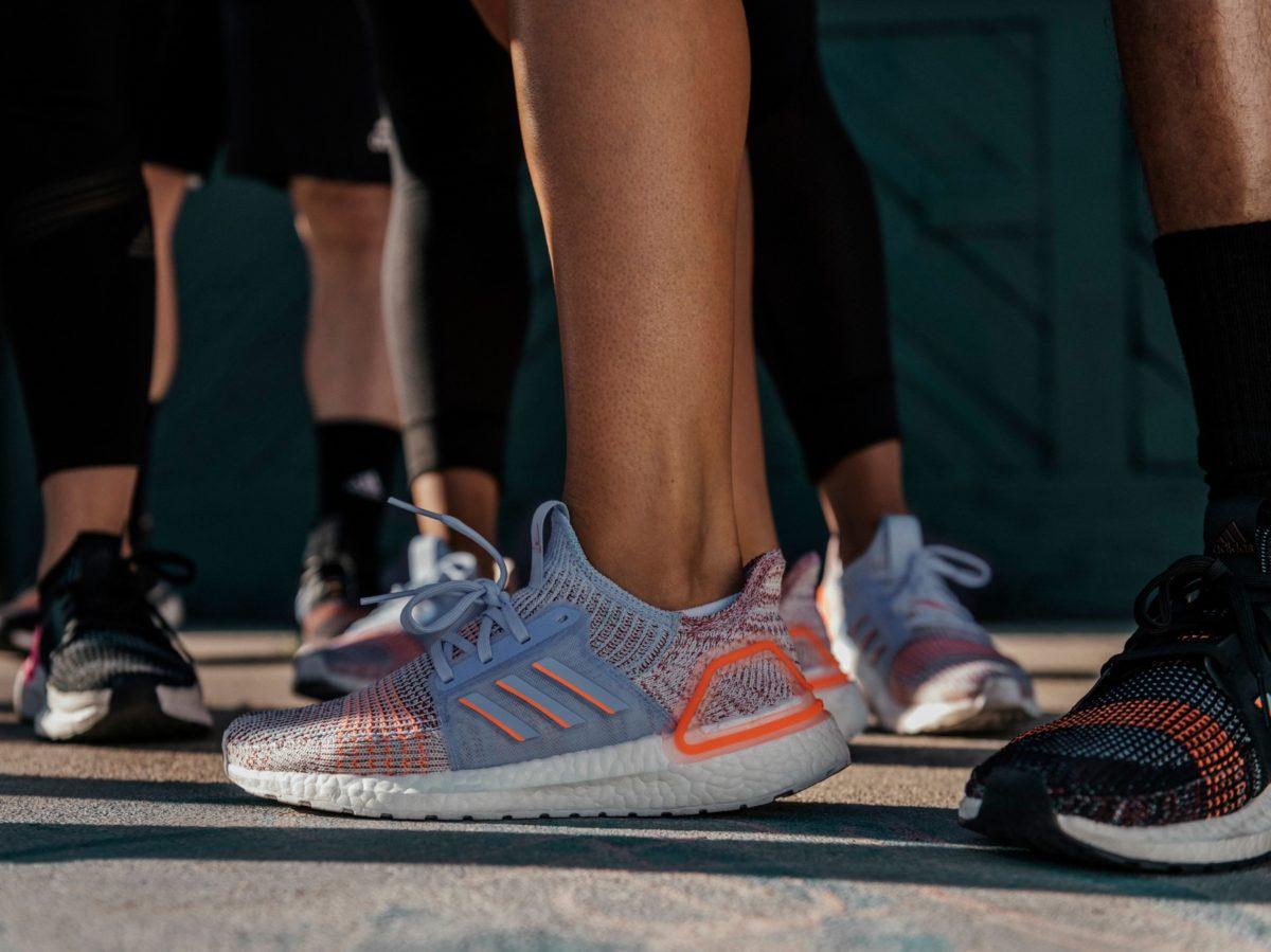 adidas Ultraboost 19 running shoes corsa 16