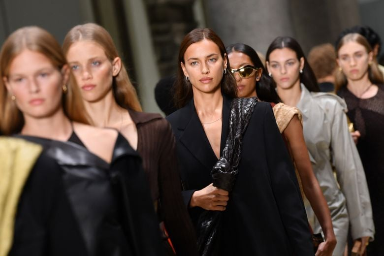 Bottega Veneta: la collezione Spring 2020 tra bellezza e comfort