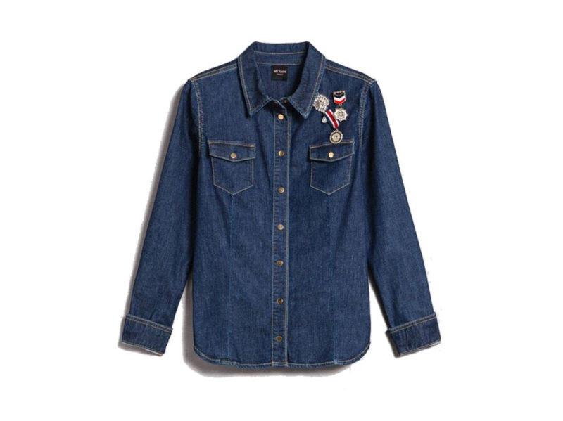camicia-in-jeans-con-spille-in-stile-militare