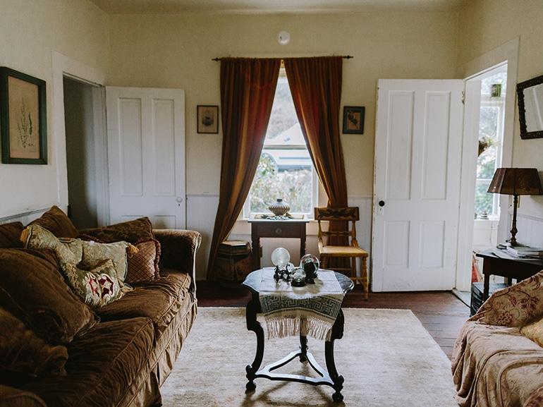 casa signora in giallo