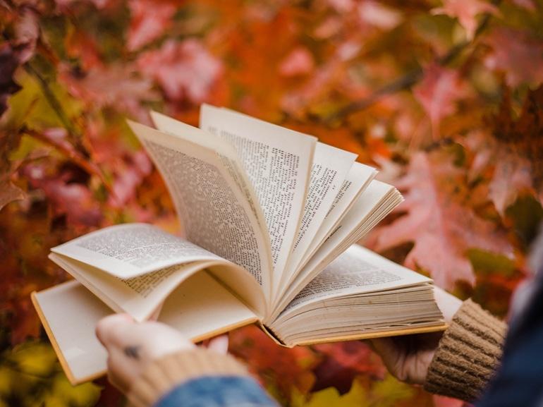 libri-ottobre-visore-MOBILE