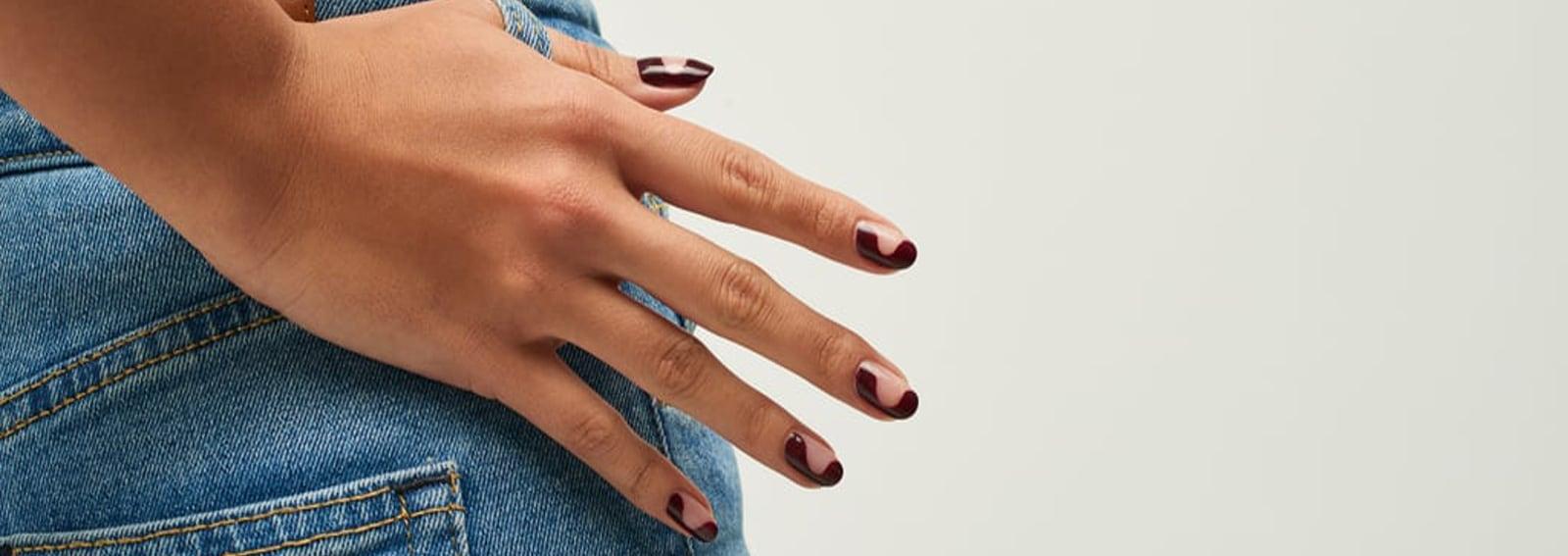 wavy-nail-art-manicure-a-onda-cover-desktop-01