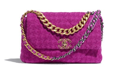 03_AS1161-B01567-BE321–The-CHANEL-19-bag-in-magenda-tweed_LD
