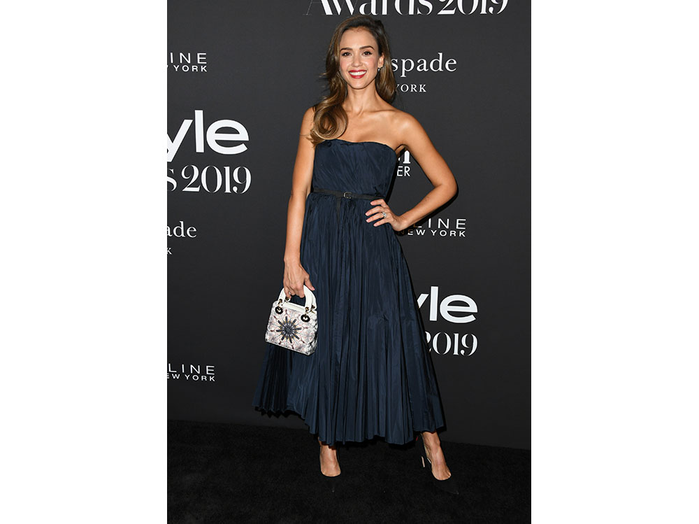 Jessica-Alba-in-Dior-instyle-awards-2019-getty