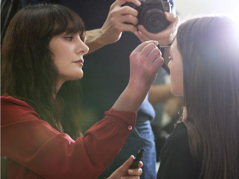 chanel-make-up-beauty-look-sfilata-primavera-estate-2020-17