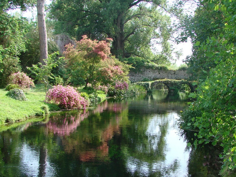 giardino di ninfa aperture ottobre