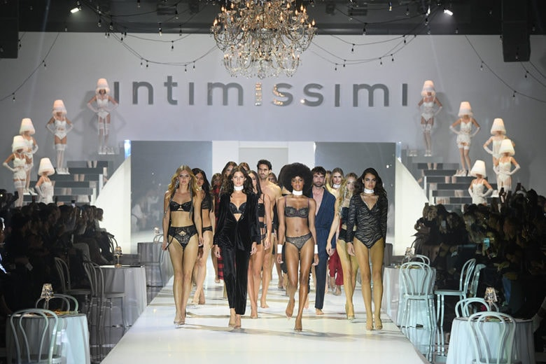 """Intimissimi presenta lo show White Cabaret """"La Premiere"""""""