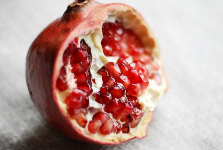 5 (ottimi) motivi per mangiare melograno
