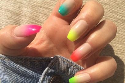 Skittles manicure: unghie come caramelle con la nail art colorata