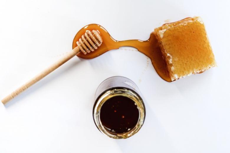 Dieta del miele, cos'è e come funziona la dieta che accelera il metabolismo
