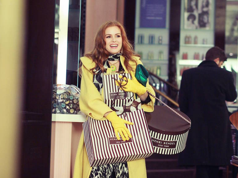 Isla Fisher cappotto giallo