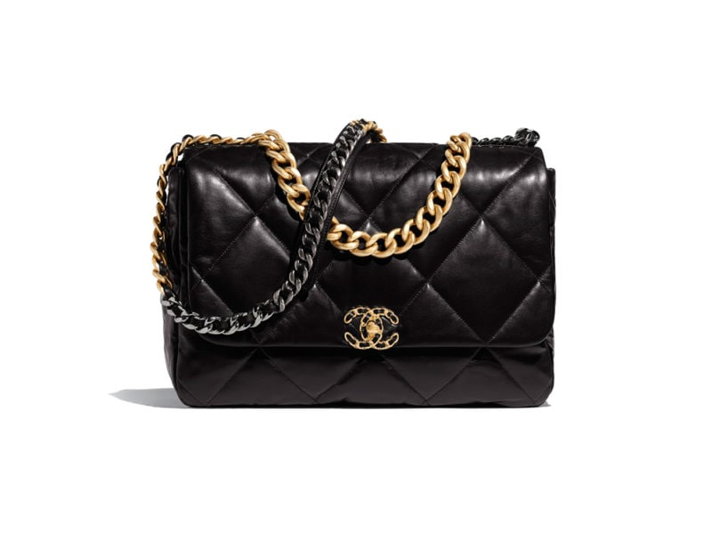 chanel-19-maxi-flap-bag-black-goatskin-gold-tone-silver-tone-ruthenium-finish-metal-goatskin-gold-tone-silver-tone-ruthenium-finish-metal-packshot-default-as1162b0156494305-8822682681374