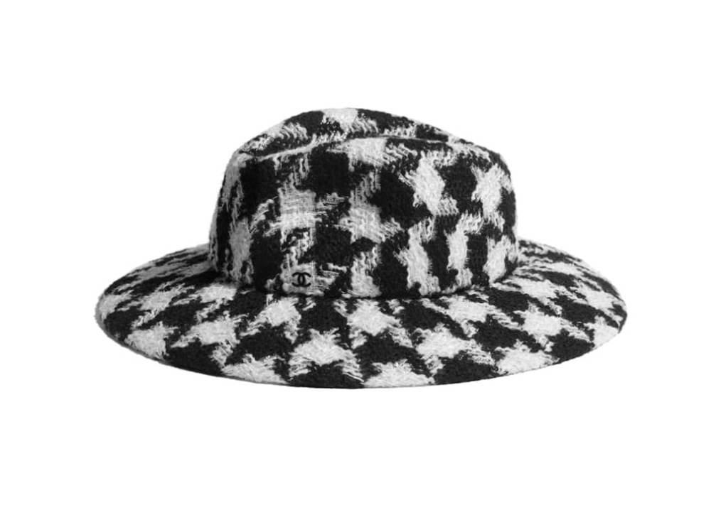 chanel-cappelllo-fedora-in-tweed-di-lana