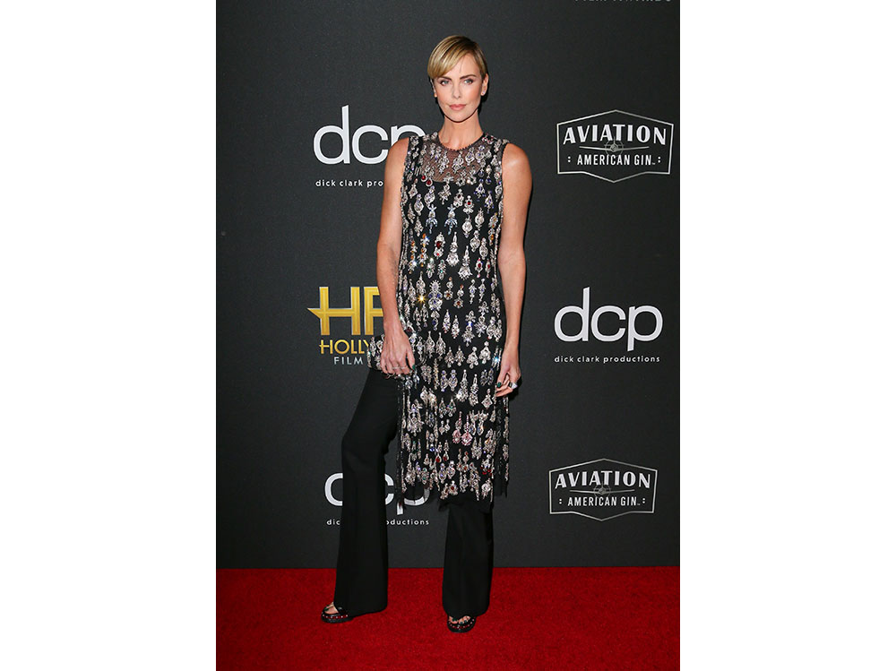 charlize-theron-in-alexander-mcqueen-hollywood-film-awards-2019