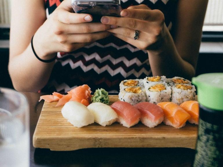 smartphone cibo sushi ( mobile)