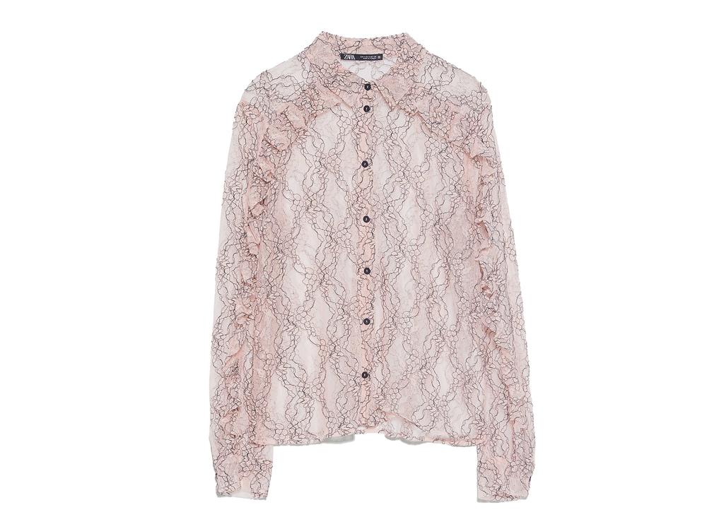 zara-camicia-rosa-quarzo-in-pizzo-rosa-e-ricamata-con-filo-nero-a-contrasto
