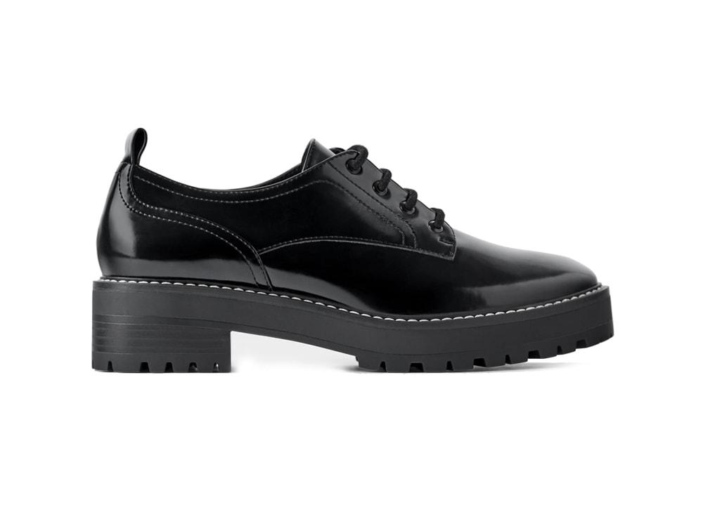 zara-scarpe-basse-con-impunture-antik