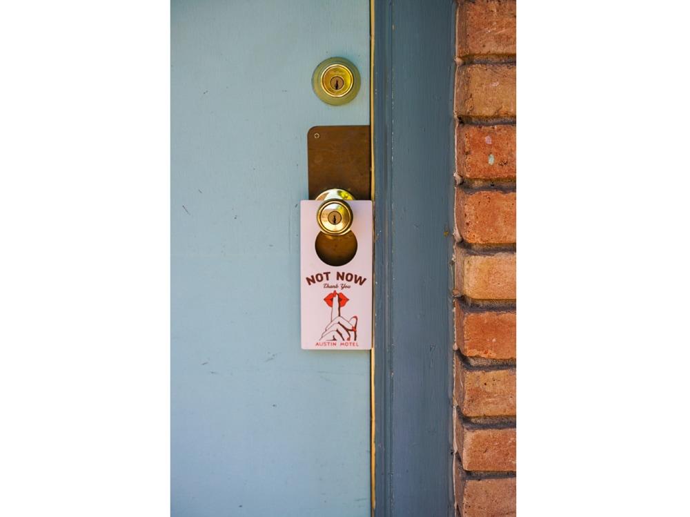 05-non-disturbare-porta
