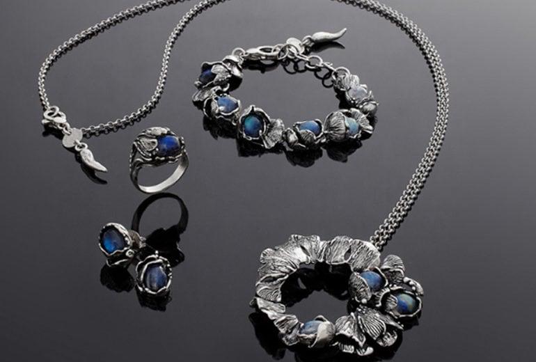 I gioielli in argento Giovanni Raspini, per un Natale innevato di eleganza pura