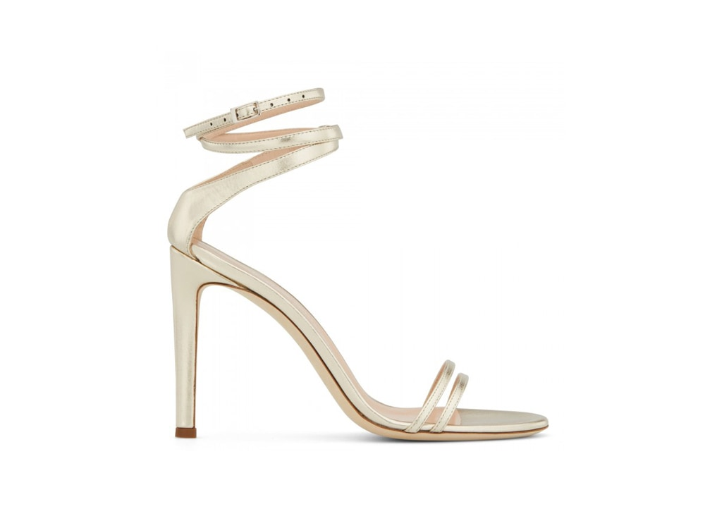GIUSEPPE-ZANOTTI-sandalo-in-vernice-color-platino-con-tacco-a-stiletto