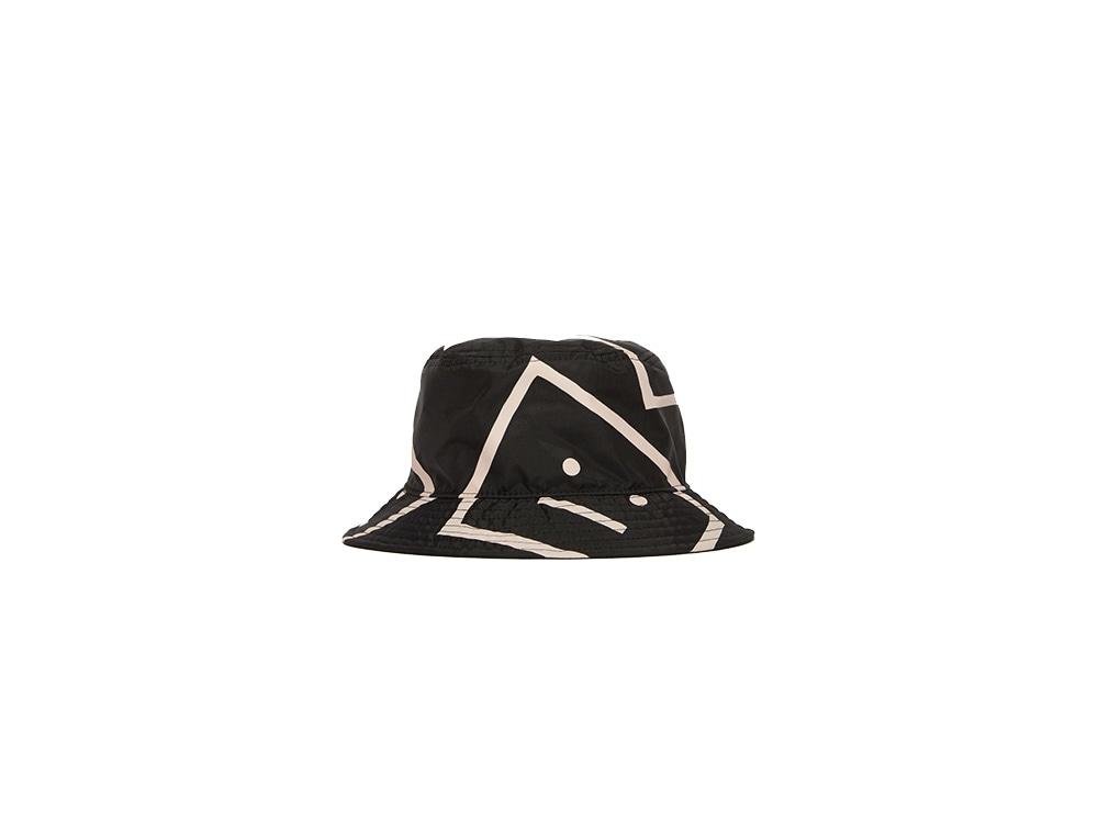 acne-studios-cappello-pescatore