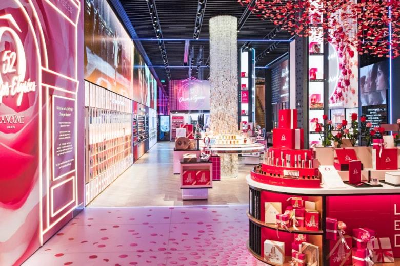 Bienvenue Lancôme! Apre la boutique sugli Champs-Élysées