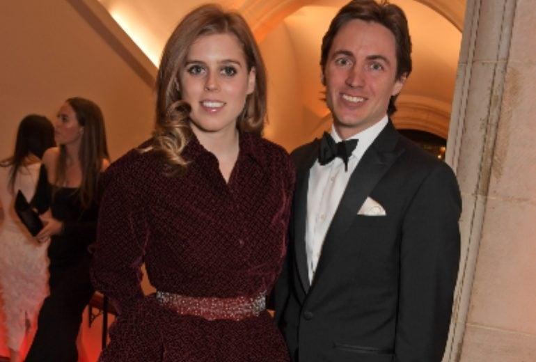 Coronavirus, il matrimonio della Principessa Beatrice rischia di essere rimandato (per la terza volta)