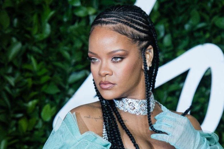 Rihanna è incinta? Ecco le foto che confermerebbero i rumors