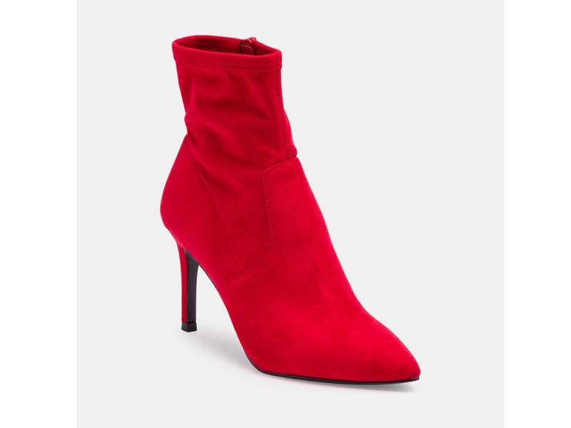 Veepee_SteveMadden_Tronchetti-Lava—rosso—tacco-9-cm—gambale-7-cm_39.99euro