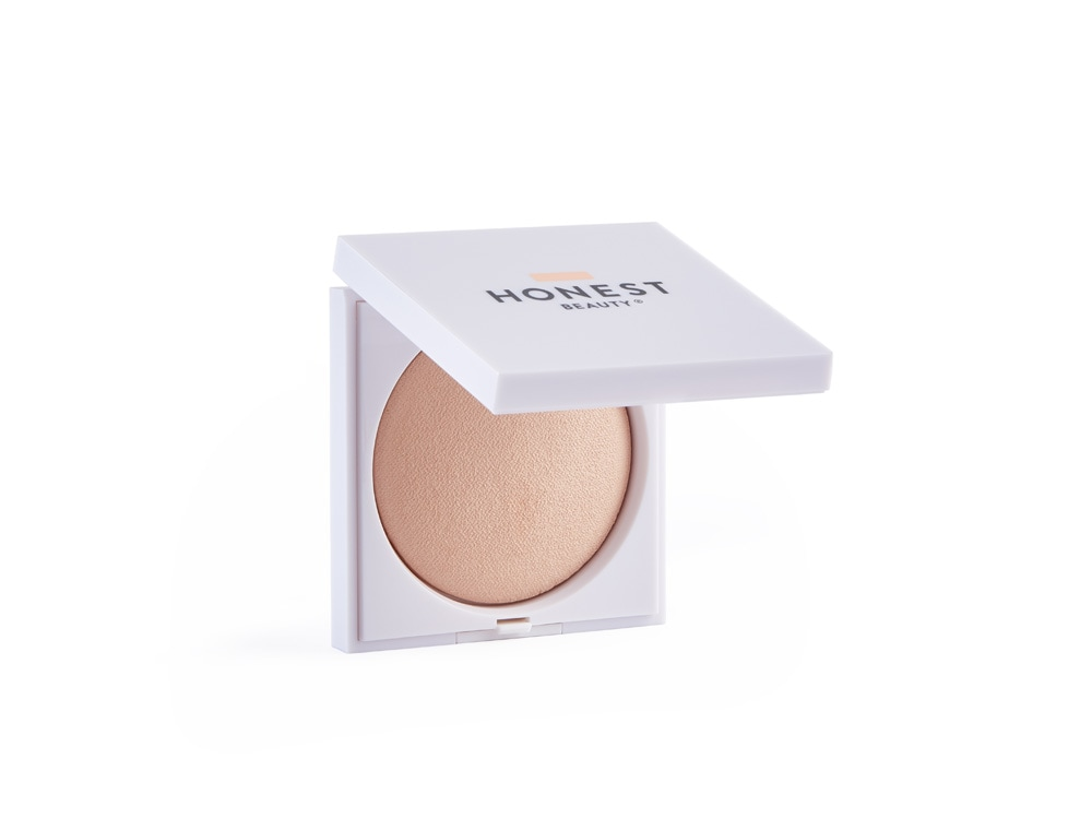 dua-lipa-copia-il-look-labbra-nude-e-occhi-shiny-make-up-55