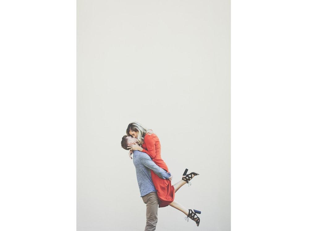 05-coppia-bacio