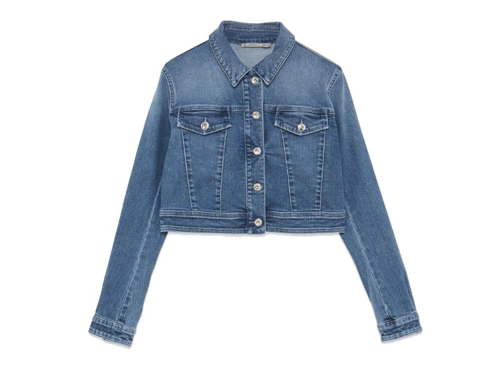 PATRIZIA-PEPE-giacca-di-jeans-cropped-decorato-con-maxi-patch-star-sulla-schiena-