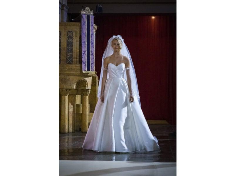 acconciature-sposa-2020-con-velo-07
