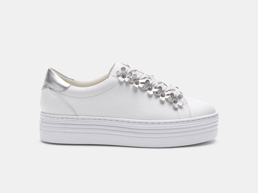 bata-sneakers