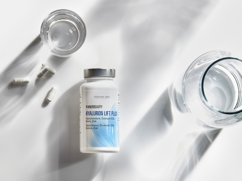 Supplement-product-innerbeauty-glass-water-pills-0921