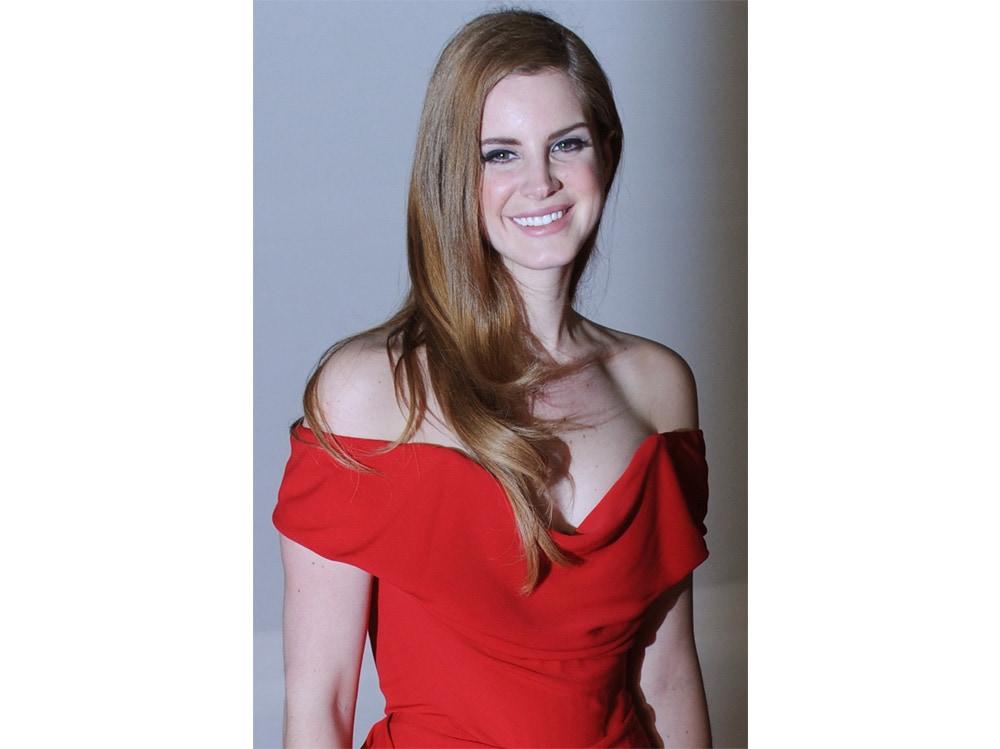 lana-del-rey-beauty-look-capelli-05